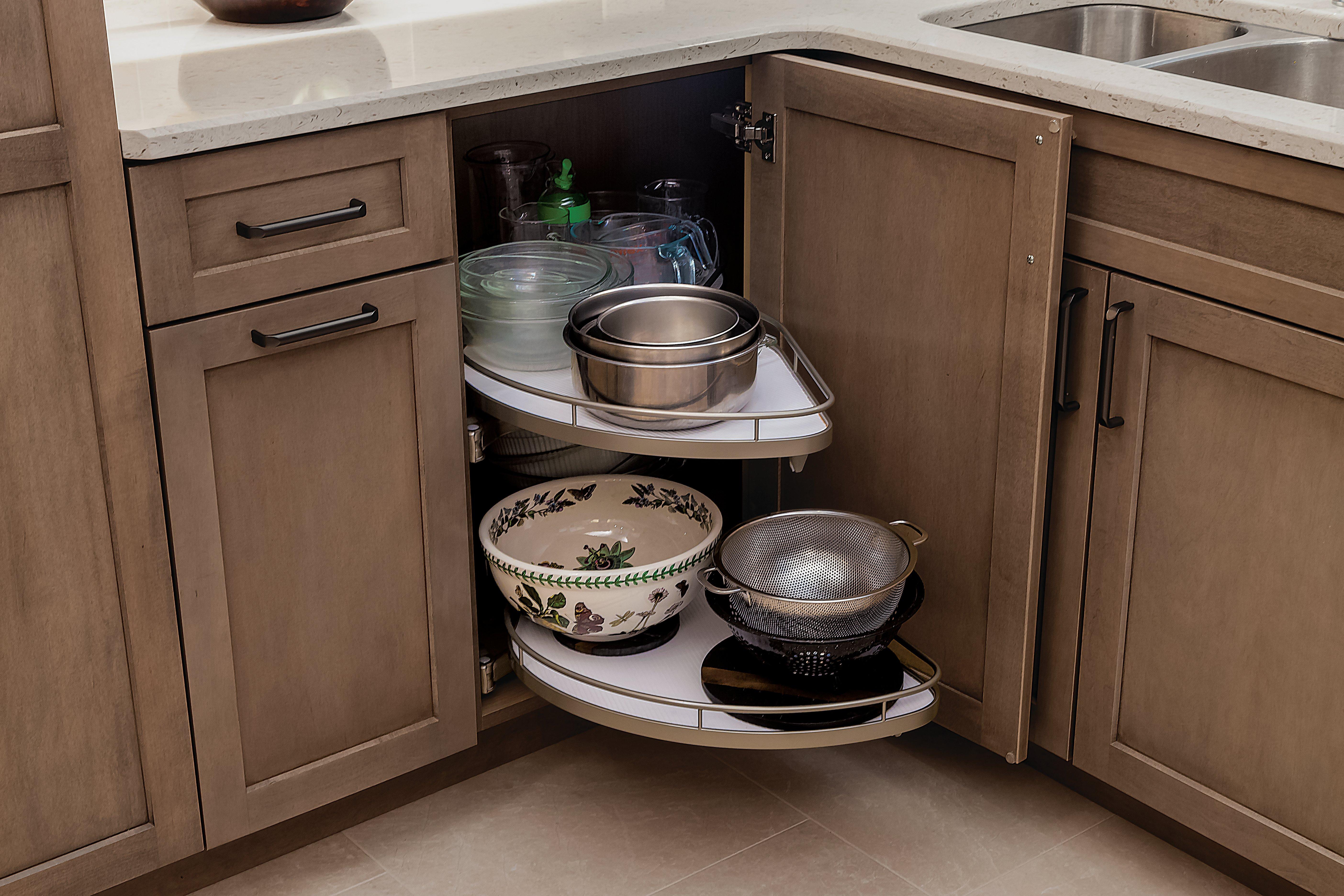 Dura supreme_kitchen-cabinet-lazy susan-Hudson-Cashew-Corner Pullout