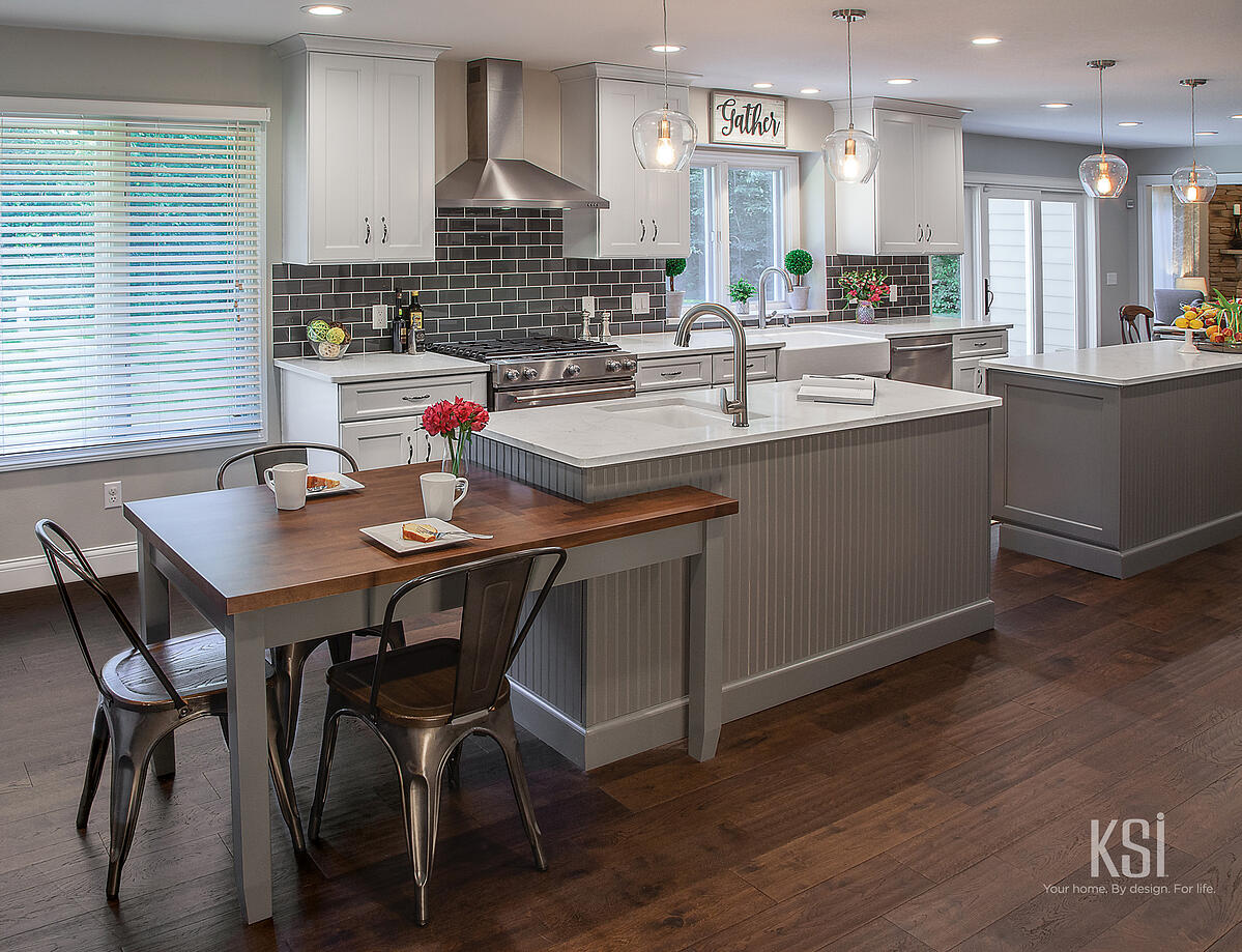 KSI Kitchen-Transitional_Kitchen_double island with table