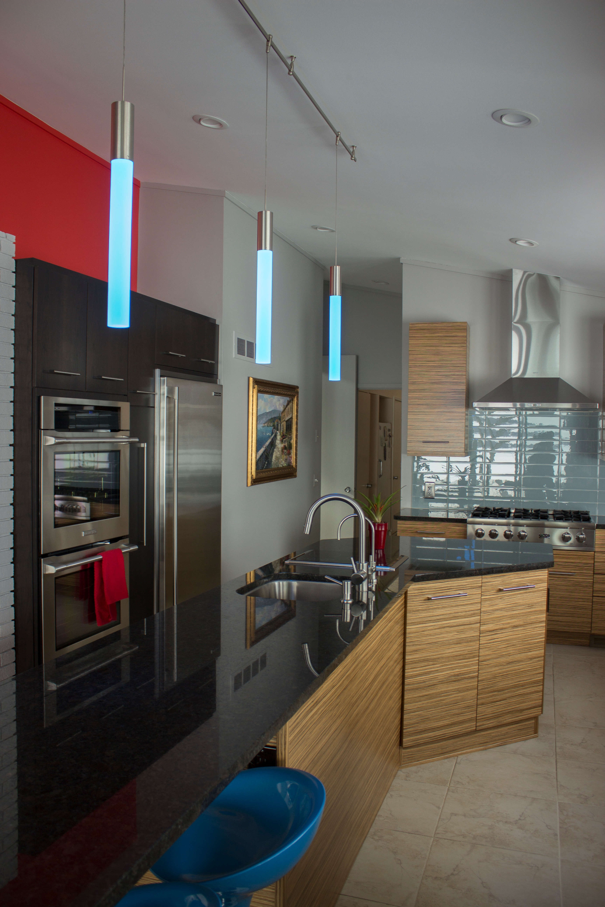 13_AParker_Contemporary_Kitchen_Side_B.jpg