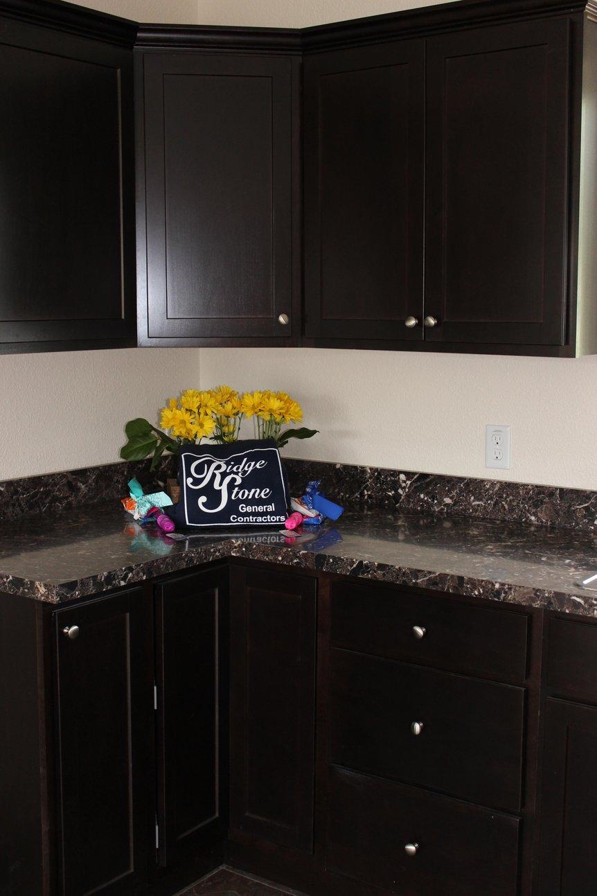 KSI Kitchen and countertop