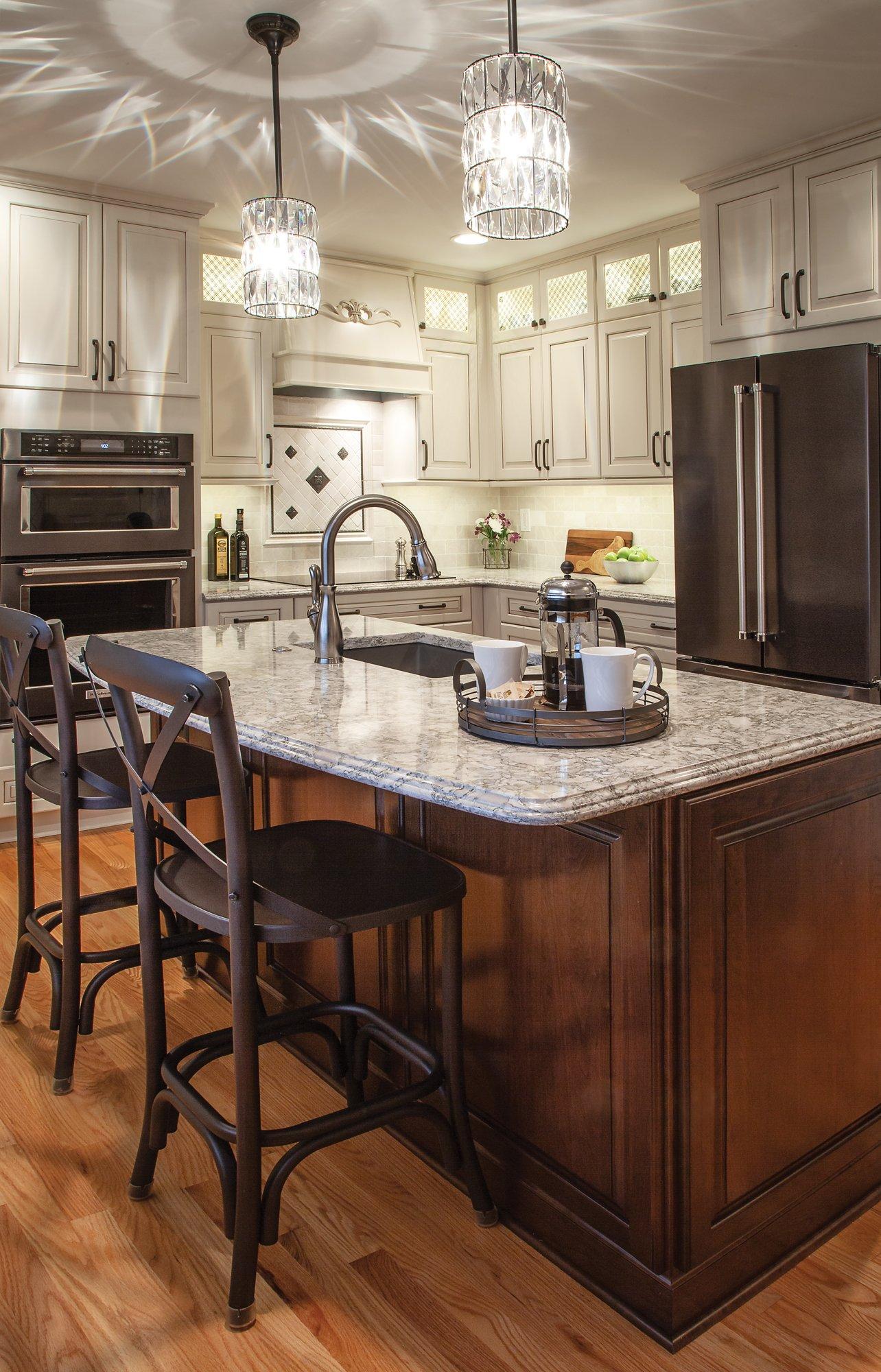 Merillat-kitchen-brown-island-canvas-perimeter