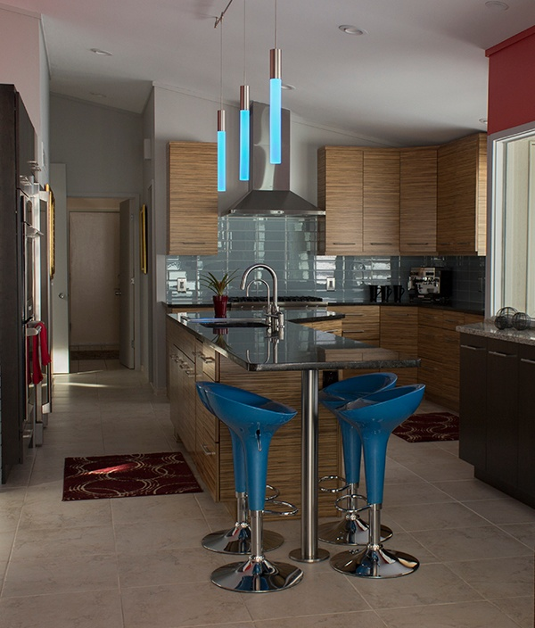 11_AParker_Contemporary_Kitchen_Overview_lowres.jpg