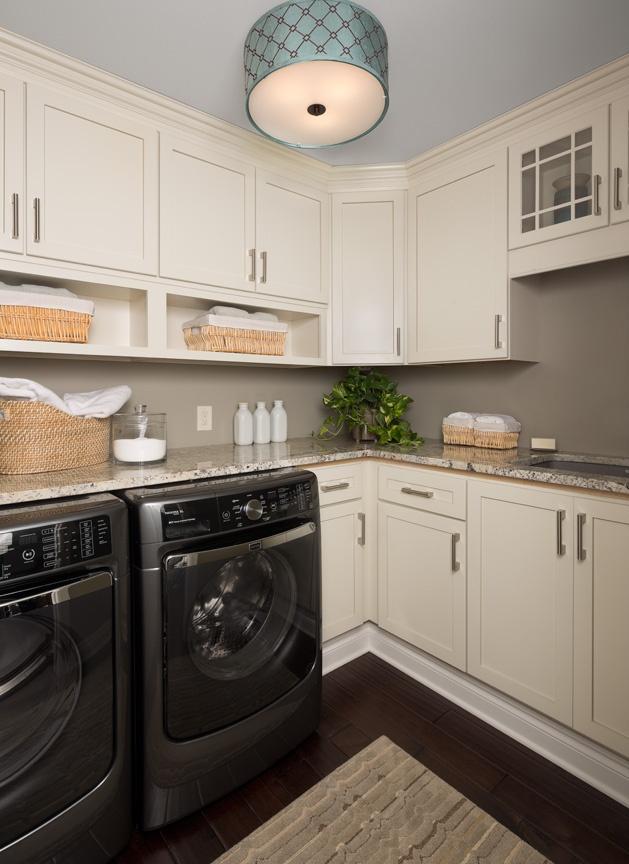 KSI-Laundry Room-white cabinets