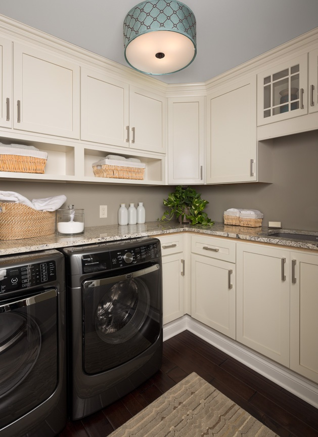 KSI-Laundry Room-white cabinets